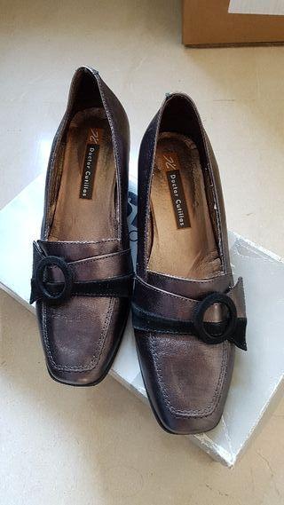 zapato nuevo me costo75