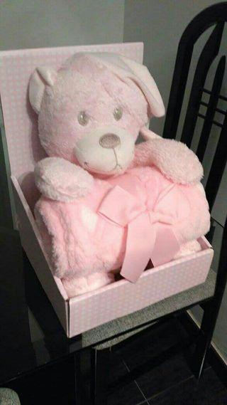 peluches con manta bebé