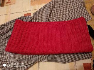 Bufanda rosa.