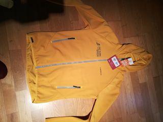chaqueta lasportiva talla L