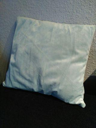 cojin de terciopelo azul