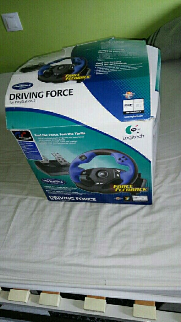 Volante Logitech Driving Force