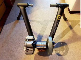 CycleOps Fluid 2 indoor turbo trainer