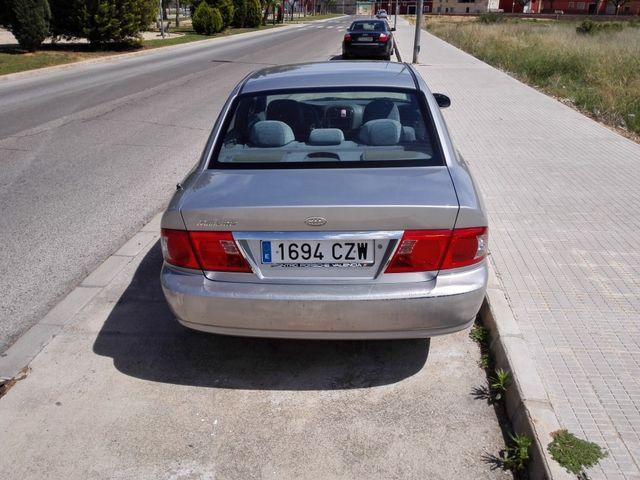 KIA Magentis 2005
