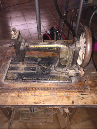 Maquinas de coser antigüedades