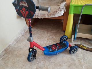 patinete spiderman