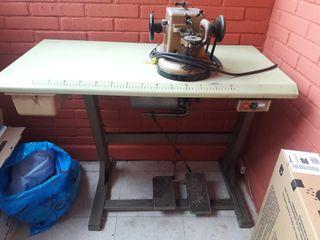 Máquina de coser cuero