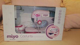 Máquina de coser Miyo