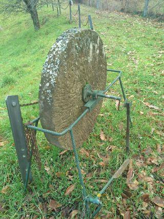 piedra de afilar grande