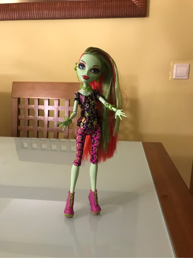 MONSTER HIGH VENUS