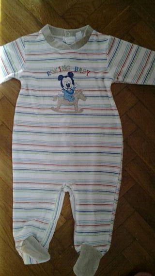 6 meses pijama NUEVO
