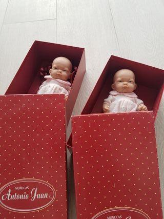muñecos bebe nuevos para estrenar en su caja.