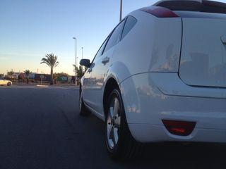Ford Focus Titanium 2.0i 146cv 5p 133.000 km