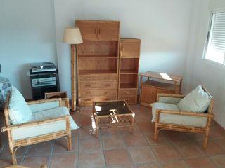 Conjunto muebles bambu sillones estanteria mesa de for Wallapop lleida muebles