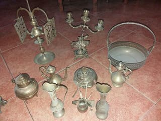 juego de decoración de bronce muy antiguo