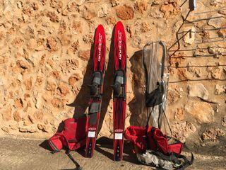 Esquís acuáticos + chalecos salvavidas + funda