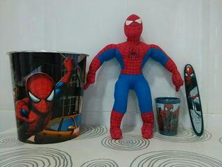 Peluche+ papelera de Spiderman.