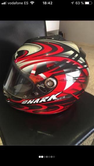 Casco moto marca SHARK