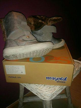 zapatos mayoral del 27 chica