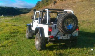 Jeep Wrangler Yj(no va bien el wallapop 606425600)