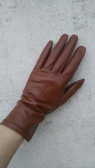 guantes de cuero sin usar