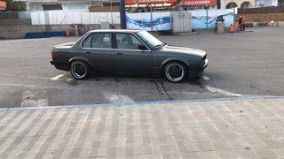 BMW Serie 3 e30 320i