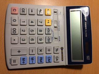 Calculadora escolar.