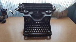 Máquina de escribir HISPANO OLIVETTI M40