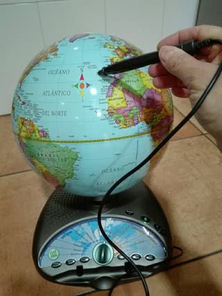 Globo terráqueo interactivo bilingüe