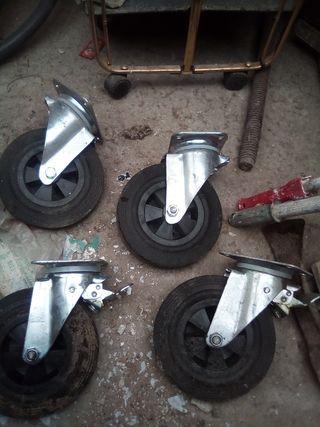 ruedas tamaño contenedor de basura