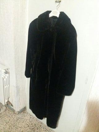 Abrigo mujer muton