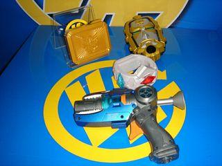 Juguete pistola transformers con sonido