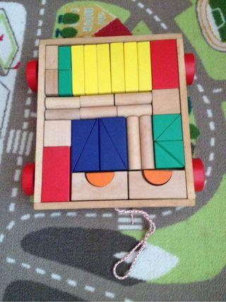 Carrito piezas de madera