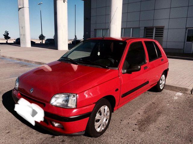 Renault Clio 1.2 rn 1997 urgente coche