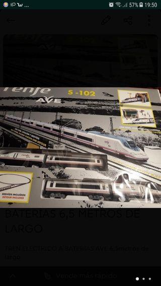 tren ELÉCTRICO a pilas con 6,50 metros de vías