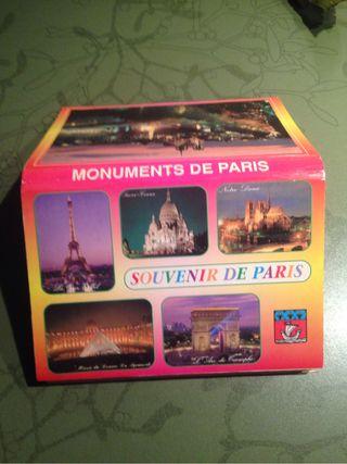 Acordeón de postales de París