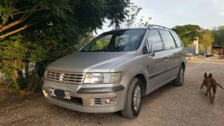 Mitsubishi Space Wagon 1999