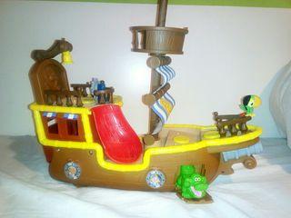 barco pirata de Jake y los Piratas
