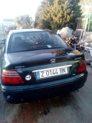 Honda accord que 1.9 230.000km.