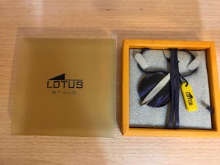 Lotus! Collar, colgante!