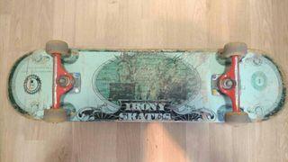 Skateboard de calidad seminuevo.
