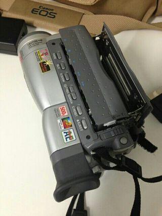Cámara vídeo analógica.