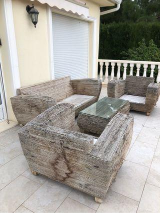 muebles de jardin sofas y mesa de segunda mano por 1 en