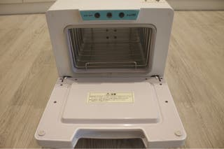 Cool and hot towel warmer