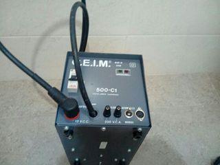 Convertidor de 12 voltios a 220 voltios
