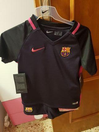 Equipación Infantil F.C. Barcelona