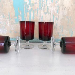4 coupes verre 9,2 haut, diam 5cm et 2 de 7,5 x4