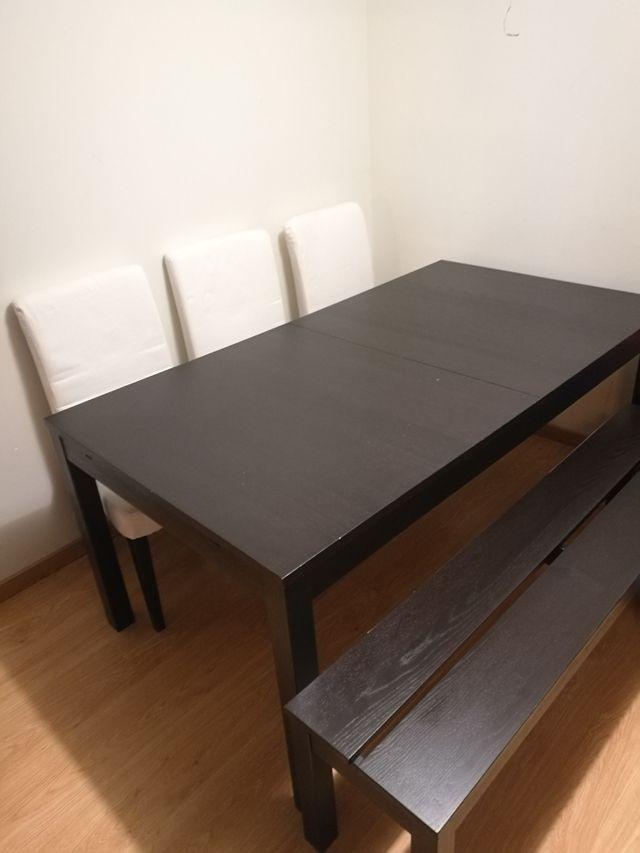 Mesa comedor Ikea + 3 sillas+ banco de segunda mano por 90 € en ...