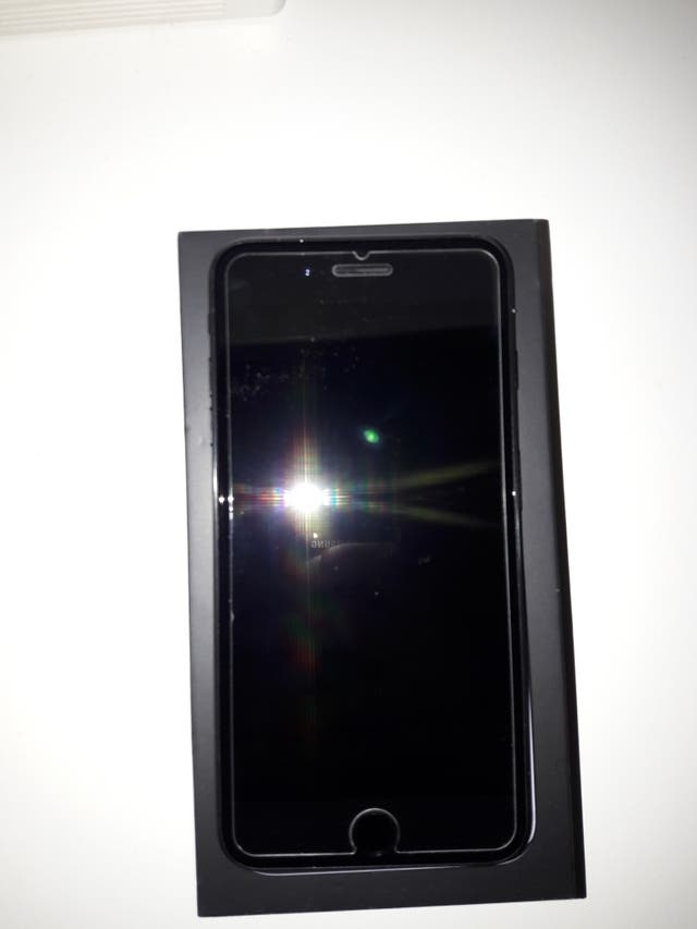 Apple iPhone 7 Plus 128GB Libre JetBlack