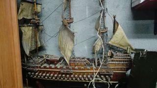 Barco de madera para restaurar